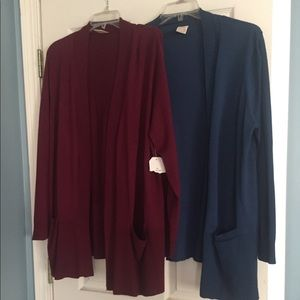 Lot of 2 sweaters 2X 18/20